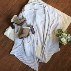 Gap White Shrug/Vest with Pockets